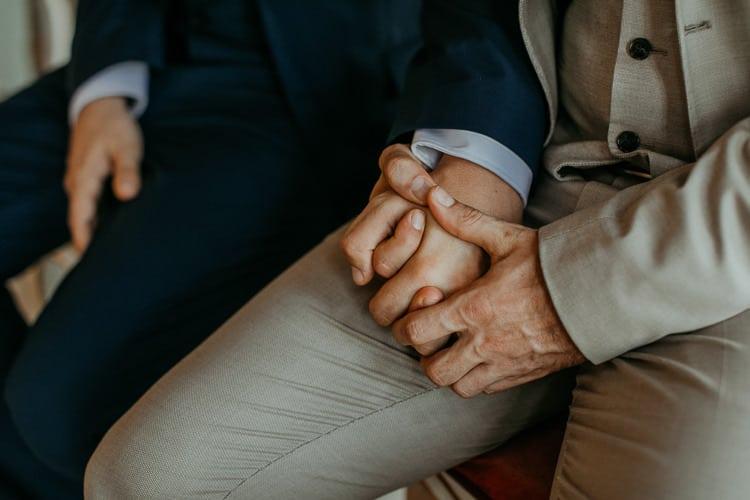 Hochzeit Salzburg Stadt, Schloss Mirabell, standesamtliche Trauung, Hände, Gay Couple, Same Sex, LGBTQ